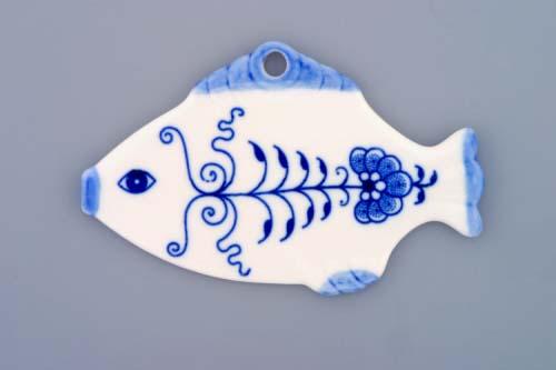 Zwiebelmuster Christmas Decoration Fish, Original Bohemia Porcelain from Dubi
