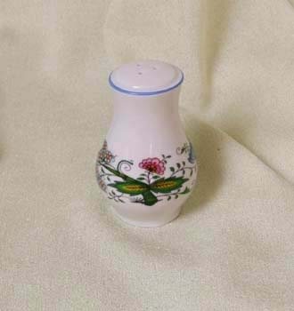 Nature Zwiebelmuster Peper Shaker,NATURE Bohemia Porcelain from Dubi