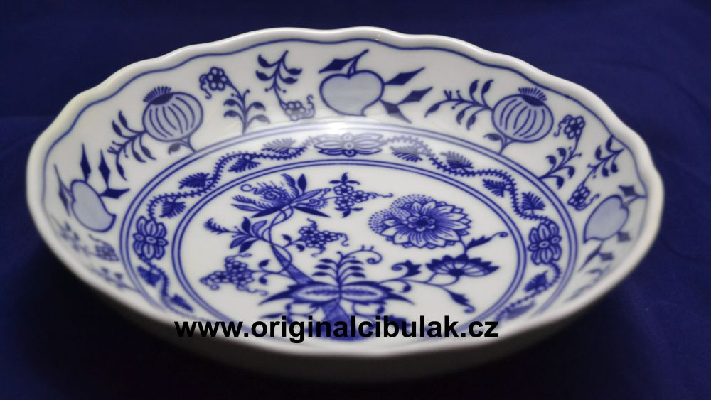 Zwiebelmuster Fruit Bowl 16cm, Original Bohemia Porcelain from Dubi