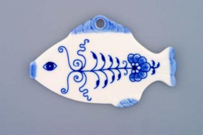 Zwiebelmuster Christmas Decoration Fish, Original Bohemia Porcelain from Dubi