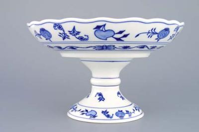Zwiebelmuster Fruit Bowl On Foot 24cm, Original Bohemia Porcelain from Dubi