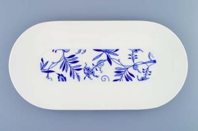 Zwiebelmuster Oval Dish Large, Bohemia Porcelain from Dubi